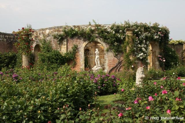 Heverin linnan italialainen puutarha